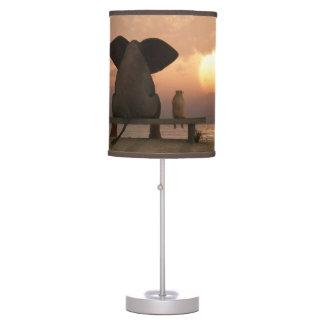 Lámpara de mesa de los amigos del elefante y del