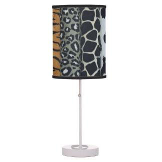 Lámpara de mesa del estampado de animales
