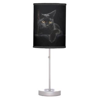 Lámpara de mesa del gato negro