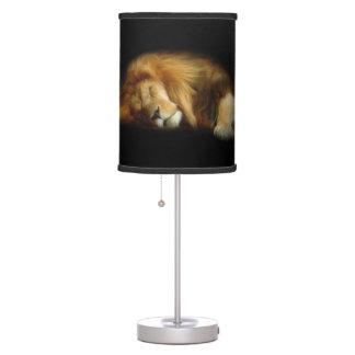 Lámpara de mesa del león el dormir