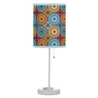 Lámpara de mesa del rosetón de Boho