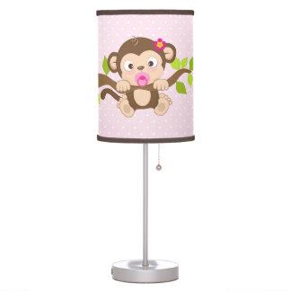 Lámpara de mesa linda de los lunares del rosa del