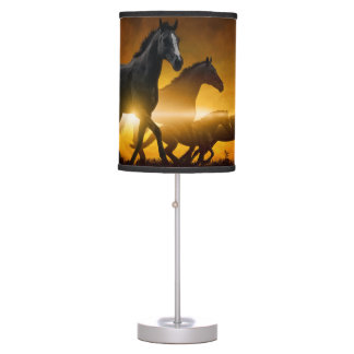Lámpara de mesa negra salvaje de los caballos