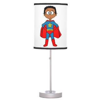 Lámpara de mesa para el super héroe de los