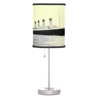 Lámpara de mesa titánica del trazador de líneas de