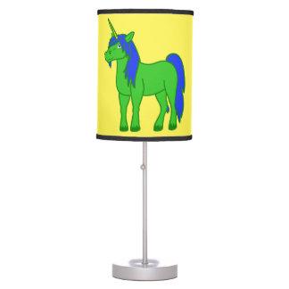 Lámpara de mesa verde del unicornio