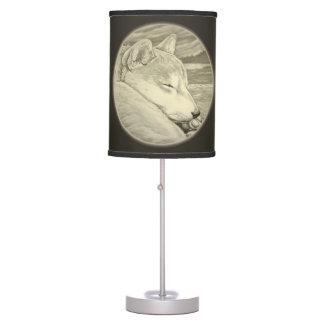 Lámpara de pie del perro esquimal de la lámpara de