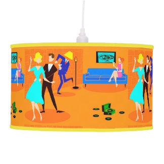 Lámpara pendiente del cóctel retro del dibujo