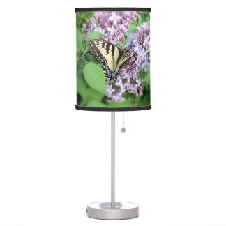 Lámpara - Y Swallowtail en lila