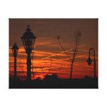 Lampposts en la puesta del sol impresión en lona estirada