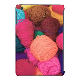 Lana de alpaca colorida, Huaraz, Blanca de Fundas De iPad Mini