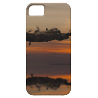 lancaster Bomber the home stretch iPhone SE/5/5s Case