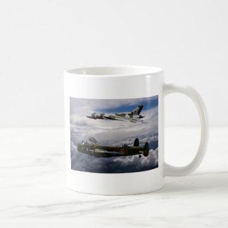 Lancaster y Vulcan XH558 Tazas De Café