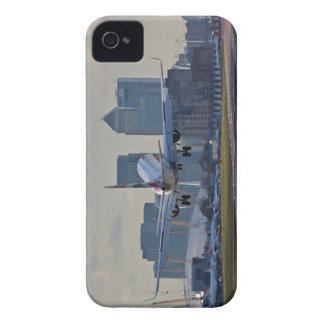 Landing at London City airport iPhone 4 Cover