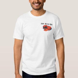 Langosta de la plantilla de la camiseta playera