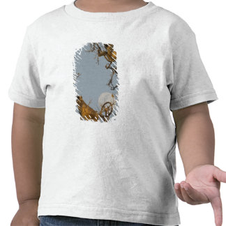 Langur de Hanuman que sube en árbol Camisetas