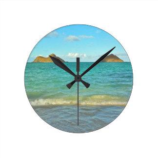 Lanikai, Hawai'i Round Clock