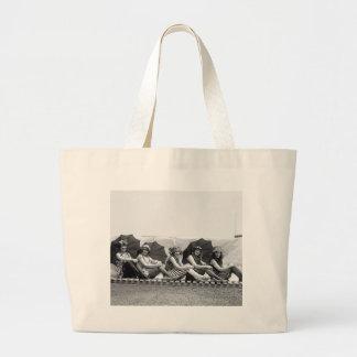 Lansburg que baña a chicas 1922 bolsas