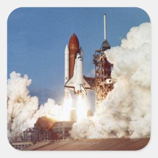 Lanzamiento 2 de Rocket Pegatina Cuadrada