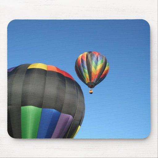 ¡Lanzamiento colorido de los globos! Tapete De Raton