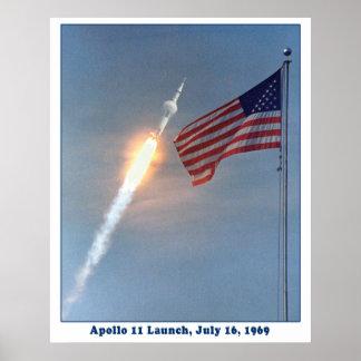 Lanzamiento de Apolo 11 a la luna, el 16 de julio  Póster