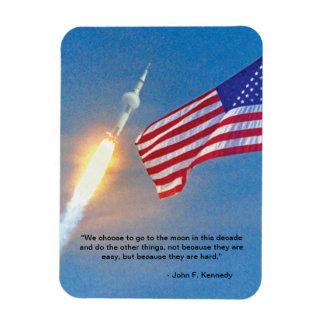 Lanzamiento de Apolo 11 con la bandera americana Iman Rectangular