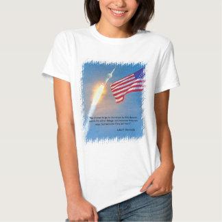 Lanzamiento de Apolo 11 con la bandera americana Playeras