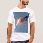 Lanzamiento de Apolo 11, con la bandera, NASA Playera