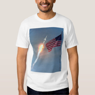 Lanzamiento de Apolo 11, con la bandera, NASA Polera
