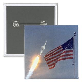 Lanzamiento de Apolo 11 Pin Cuadrada 5 Cm