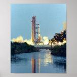 Lanzamiento de Apolo 13 Posters