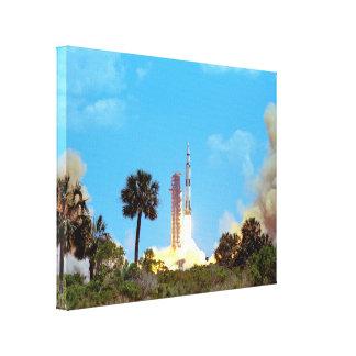Lanzamiento de Apolo 16 Impresión En Lona Estirada