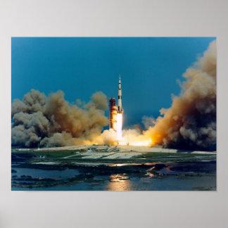 Lanzamiento de Apolo 16 Posters