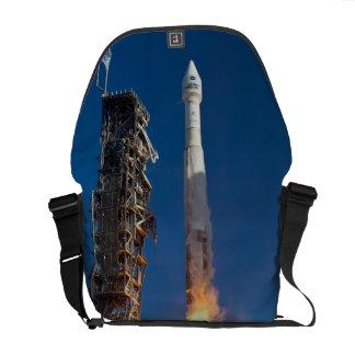 Lanzamiento de la nave espacial de Landsat Bolsa Messenger