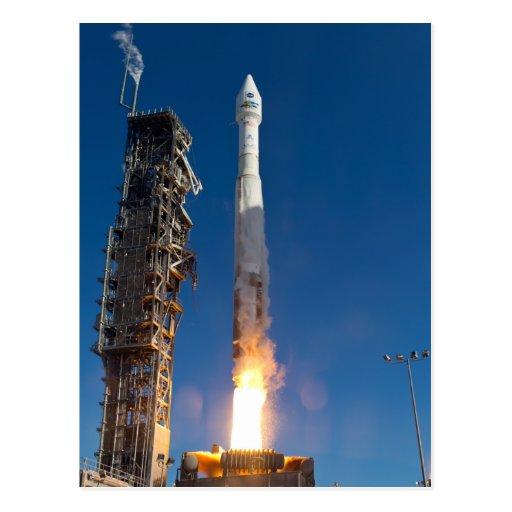 Lanzamiento de la nave espacial de Landsat Postal