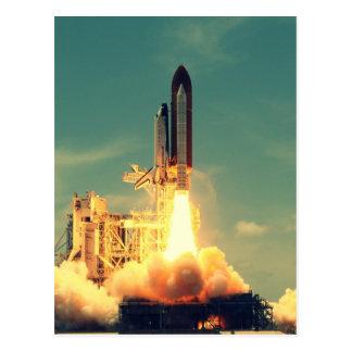 Lanzamiento de Rocket Postales