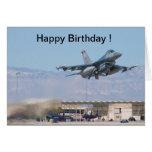 Lanzamiento del F-16 de la tarjeta del feliz cumpl