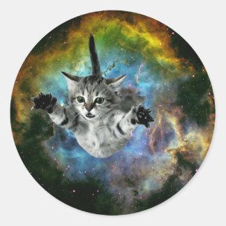 Lanzamiento del gatito del universo del gato de la pegatina redonda