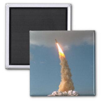 Lanzamiento del telescopio de Hubble Imán