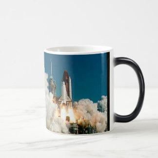 Lanzamiento del transbordador espacial de la NASA, Taza De Café