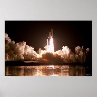 Lanzamiento del transbordador espacial de la noche póster