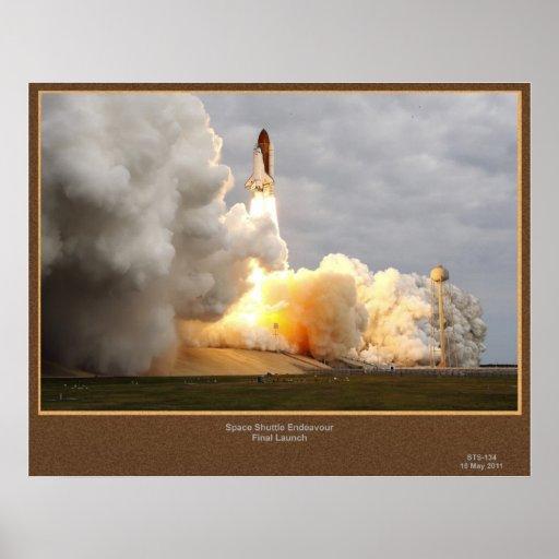 Lanzamiento final STS-134 del esfuerzo Poster