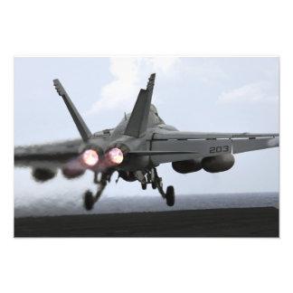 Lanzamientos estupendos de un avispón de F A-18E Fotografia
