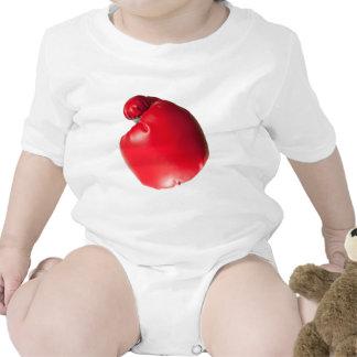 Lanzar un sacador trajes de bebé