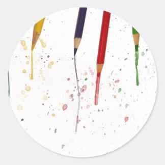 Lápices coloreados pegatina redonda
