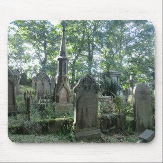 Lápidas mortuarias del Victorian en el Parsonage d Alfombrilla De Ratón