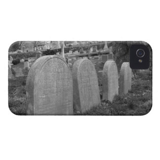 lápidas mortuorias viejas funda para iPhone 4 de Case-Mate