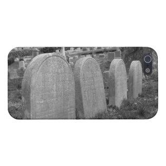 lápidas mortuorias viejas iPhone 5 carcasas