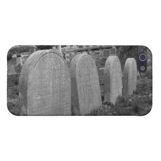 lápidas mortuorias viejas iPhone 5 fundas