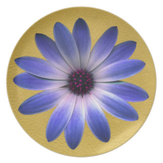 Lapis Blue Daisy on Yellow Leather Texture Party Plates